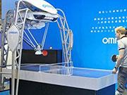 日本乒乓球机器人再升级 可计算球轨迹并控拍回球