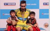 桃田賢斗的終結者!李宗偉兩局完勝喜獲大馬賽第12冠