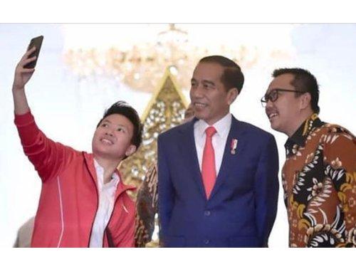 纳西尔与羽毛球再续前缘 退役后被印尼总统委以公职