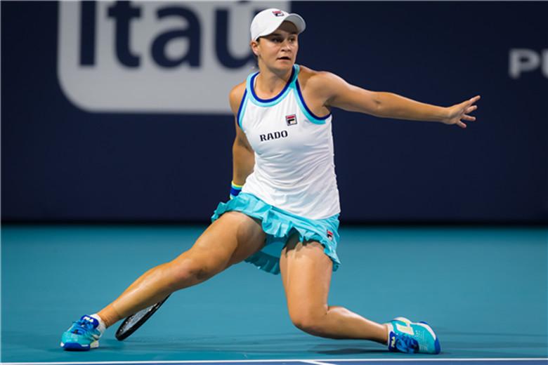 巴蒂爆冷淘汰科维托娃 首进迈阿密公开赛女单四强