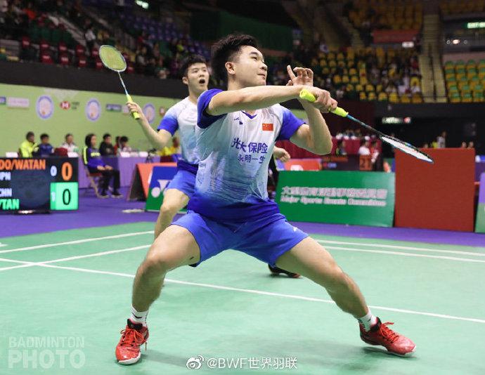 香港赛双塔凡晨横扫进次轮 黄鸭1/8决赛与队友内战