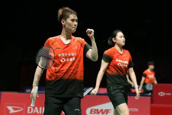 李汶妹/郑雨逆转杜玥/李茵晖 夺马来西亚大师赛女双冠军